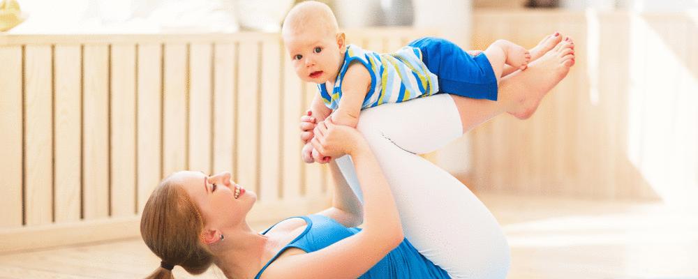 Tudo sobre yoga para mamãe e bebê