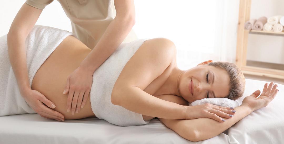 Hora de relaxar: 5 opções de massagens para a gestante e 1 para o bebê