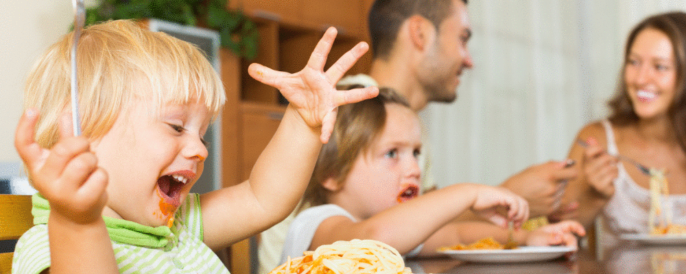 Nunca acalme o seu bebê com comida!