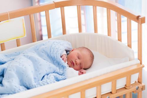 Como ensinar o bebê a dormir sozinho?