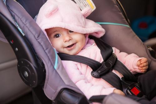 Cadeirinha de bebê para o carro: o guia completo!