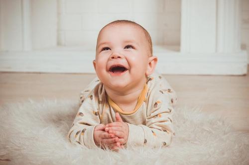 Como cuidar dos dentinhos do bebê