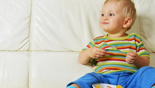 Açúcar para crianças pequenas: pode ou não pode?