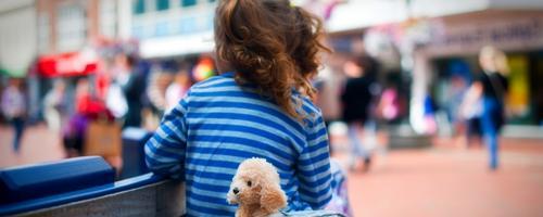 7 dicas para não perder as crianças em locais movimentados